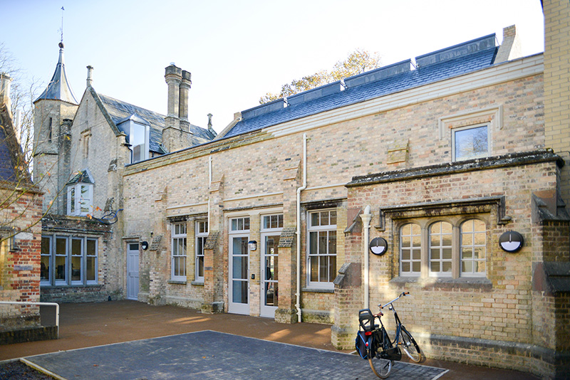 CANFORD SCHOOL STAFF COMMON ROOM Exterior